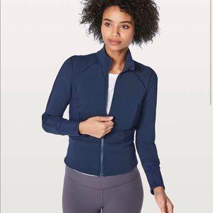 Lululemon front and centre jacket size 2 hero blue